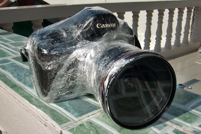 защита на фотоаппарат от дождя зависимости