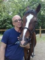 Папа любит лошадей)