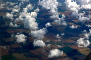 Облака,белокрылые...