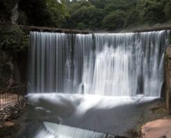 Водяная стена