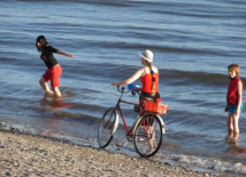 Заблудившаяся водо-велогонщица
