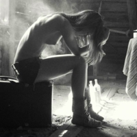 Эльвина и тело.