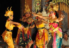 Бали.Танцы