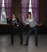 танцуюм......)))
