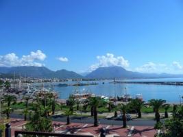 С видом на порт