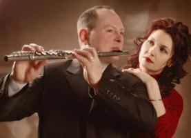 Осень тихо играет на флейте...