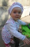 Викулька-9 месяцев