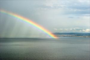 Дождливая радуга