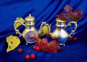 золотые чайники
