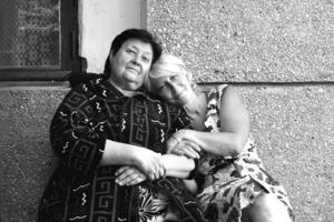 Дві жінки. Мати і дочка
