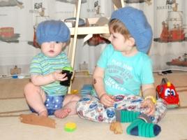 Детки в голубых беретках