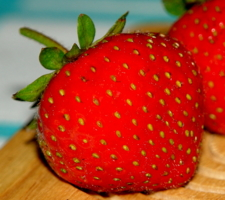 Красна ягода...