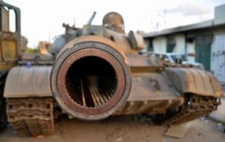 Брошеные танки.Следы войны