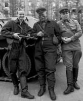 Три танкиста ,три веселых друга.