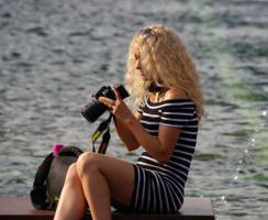 Блондинка и Nikon