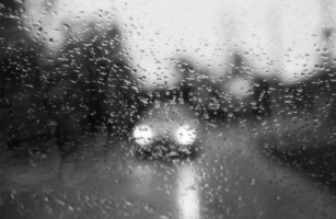 И снова дождь.