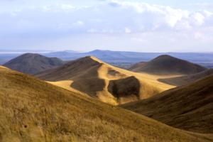 Степные холмы