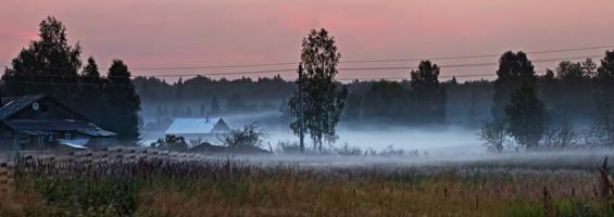 На рассвет в деревне