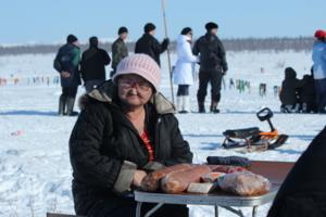 На празднике Якутском