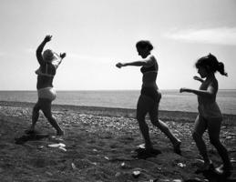танец на горячем песке