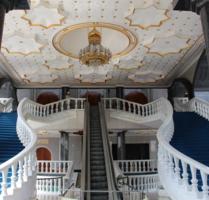 лабиринты лестниц