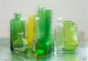 Акварель с девятью склянками