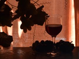 Виноградное вино.
