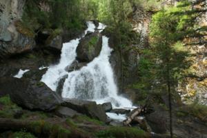 Водопад Большой Чибитский