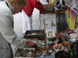 На блошином рынке в Париже
