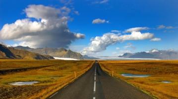 Дорога здесь одна