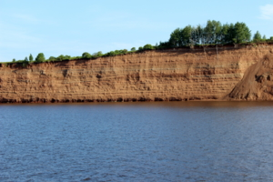 Берег реки Кама