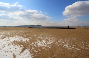 Зима пришла на пляж