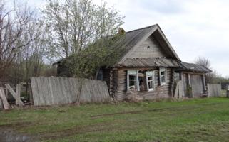 Одинокий, покинутый дом...