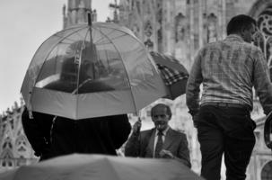 Дождь на площади