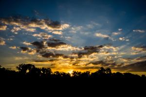 Предзакатные облака