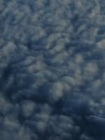 из окна самолета облака