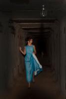 в заброшенном тоннеле