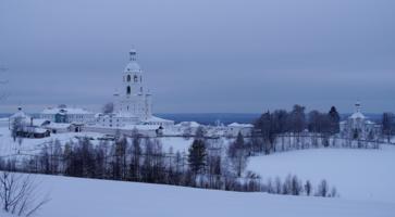 Троице-Стефано-Ульяновский мужской монастырь .