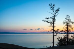 Рассвет над Байкалом