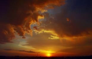 Закат в коричневых тонах