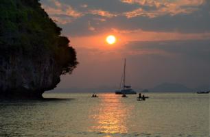 романтика морских закатов