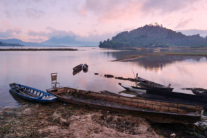 Розовый рассвет. Вьетнам.
