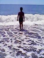 Мальчик и море