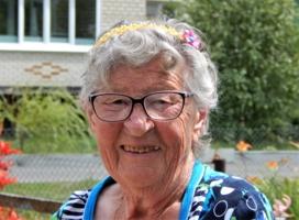 Баба Зина в свои 87