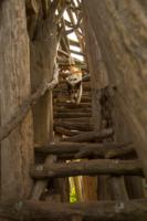 Необычная лестница. Необычный спуск