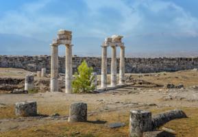 античные колонны