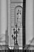 Терпсихора и колонны