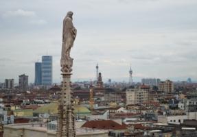 Вид на город с крыши Миланского собора