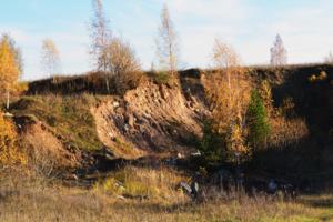 Песчано-каменистая, в разрезе