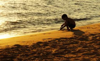 Тёплый песочек